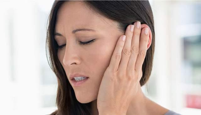 отек ушного прохода без боли и пропал слух одного уха