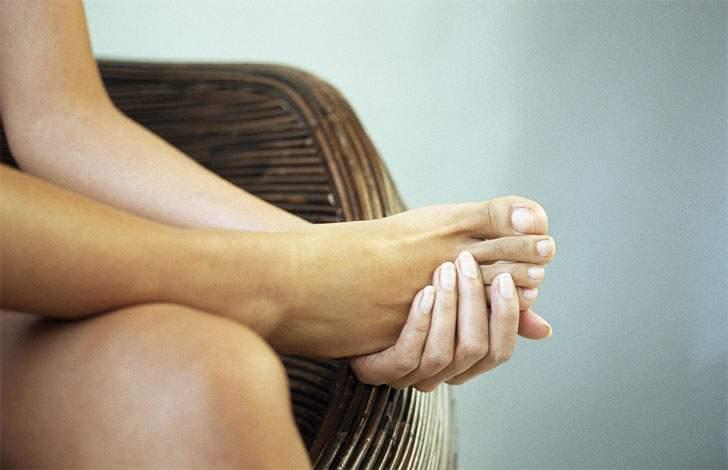 сколько можно пить воды беременным в день при отеках ног