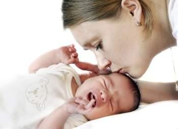 когда спадут отеки с глаз у новорожденного