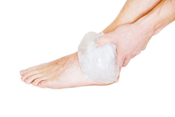 отек лодыжки правой ноги причины чувство онемения
