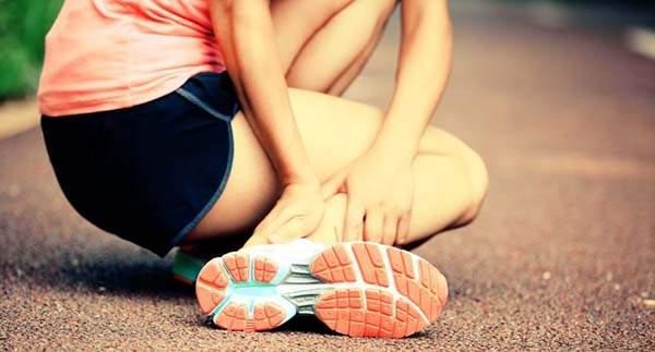 отек от удара на ноге что делать в домашних условиях