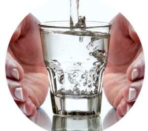 почему при отеках надо пить больше воды