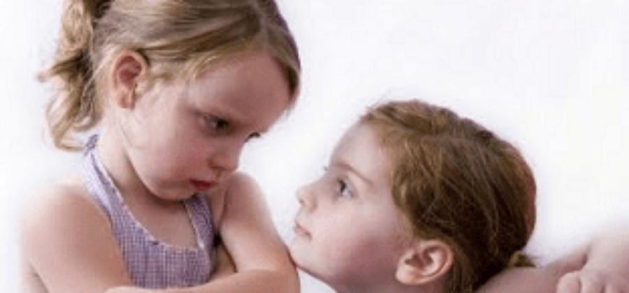 Что делать при ушибе половых органов у девочки?