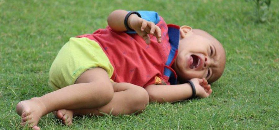 Ушиб губы с отеком у ребенка что делать в домашних