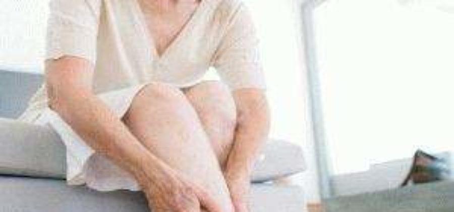 У бабушки отекли ноги что делать в домашних условиях