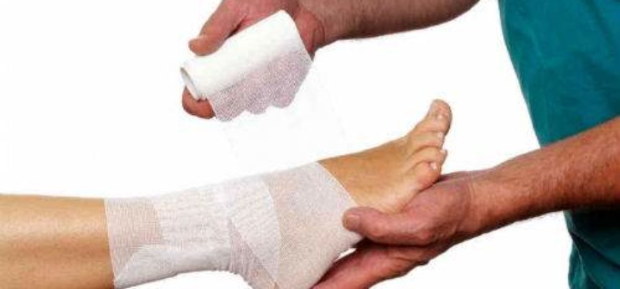Ушиб связок голеностопного сустава лечение в домашних