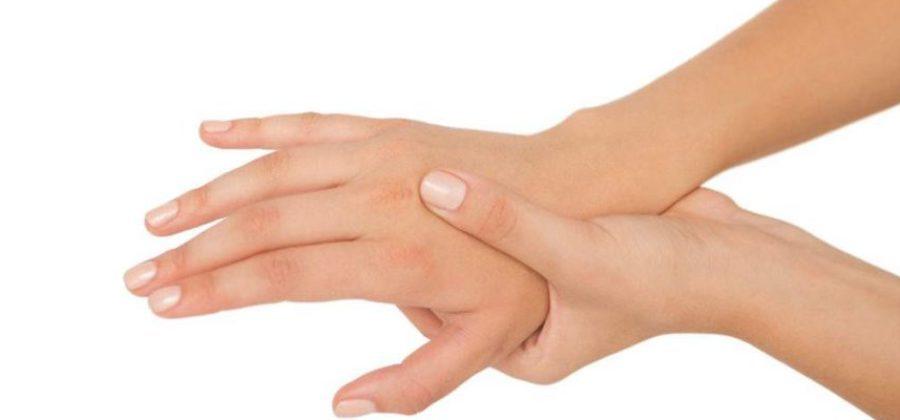 Сильный ушиб запястья руки что делать
