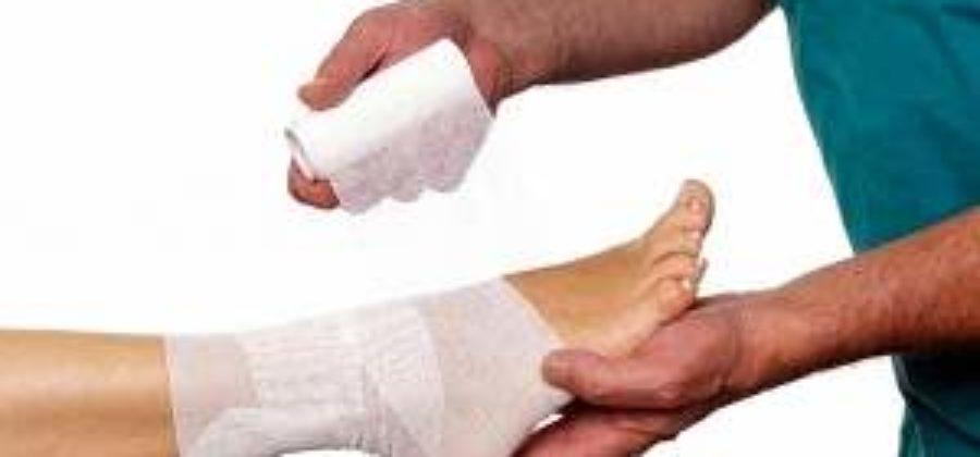К какому врачу идти с вывихом ноги у ребенка