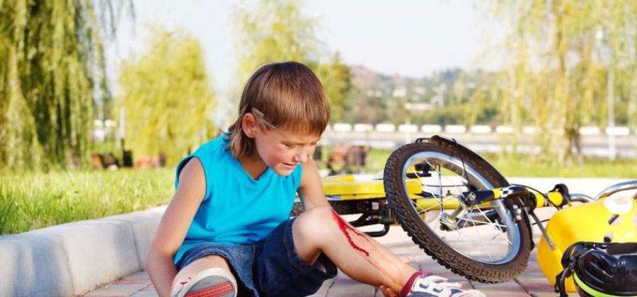 Предупреждение травматизма и оказание первой помощи при ушибах и травмах